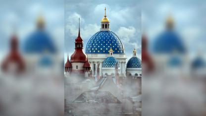 La Santísima Trinidad de San Petesburgo (Rusia) corrió una suerte similar a la de Notre Dame en2006