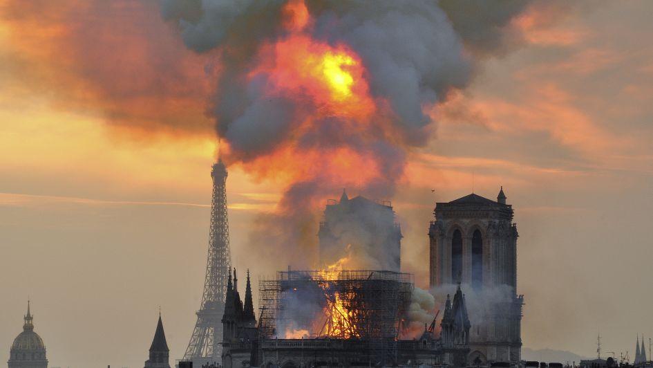 El mendocino Julio Le Parc le escribió un emotivo poema a Notre Dame