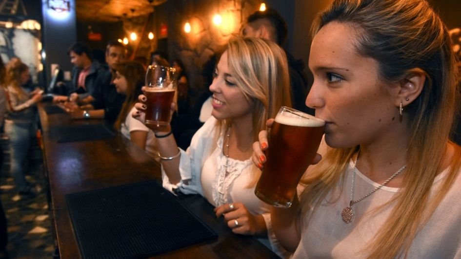 Avanza la ley para regular la elaboración y expendio de la cerveza artesanal