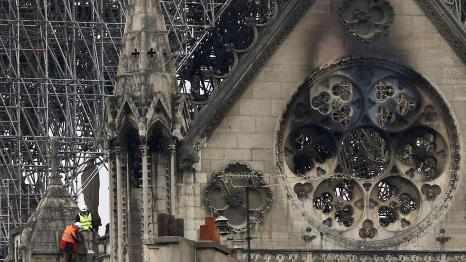 Los tesoros de Notre Dame que sobrevivieron al infierno