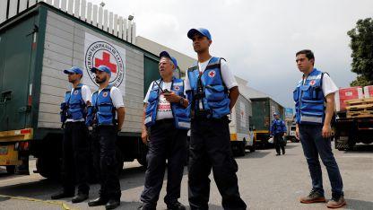 Cargamentos. La ayuda arribó el país procedente de Panamá.