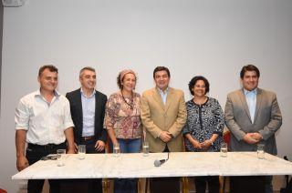 Contra los radicales. De Marchi ya presentó a ocho precandidatos del Pro a las intendencias.
