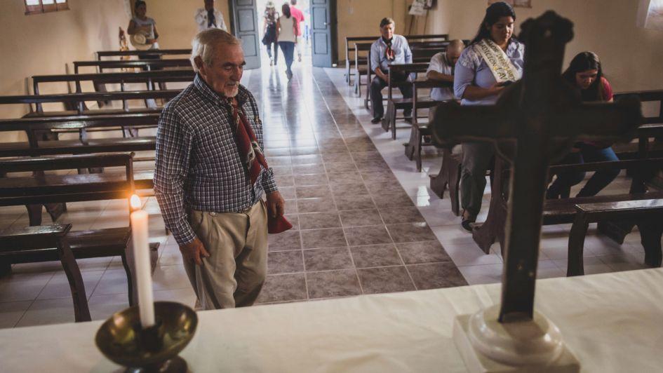 """Culto y tradición: una """"Cabalgata Santa"""" unió a seis capillas de Lavalle"""