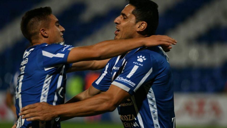 Godoy Cruz pasó en los penales y será rival de Boca
