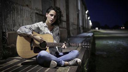 Barbi Recanati, la mentora de este sello discográfico que recepta las músicas de mujeres argentinas.