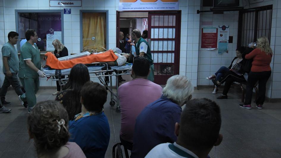 Más mendocinos se hacen atender en los hospitales públicos