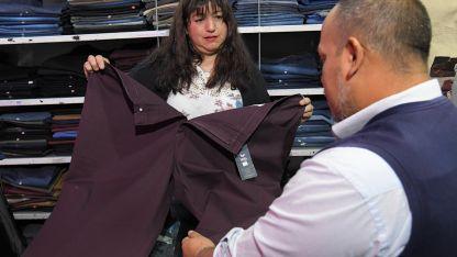 Problemas. El 69,55% de las personas encuestadas tiene dificultades para conseguir ropa de su talle.