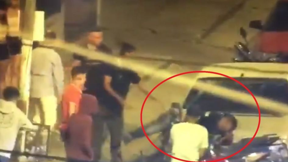 Video: patovicas lo molieron a golpes a la salida de un boliche y pelea por su vida
