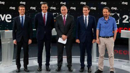 Cruce de ideas. Los cuatro candidatos afrontaron el primer cruce televisado. Hoy tendrá lugar el segundo.