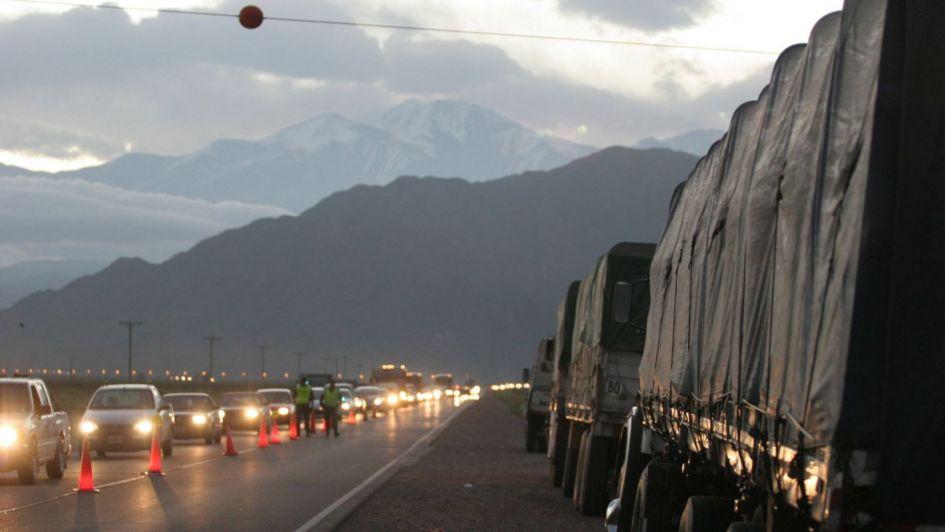 Asaltaron a camionero y le robaron más de 800.000 pesos en Guaymallén