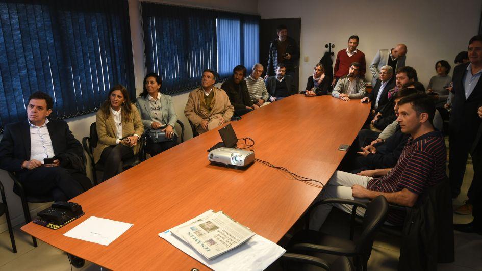 Socios de AEM visitaron la planta impresora de Diario Los Andes