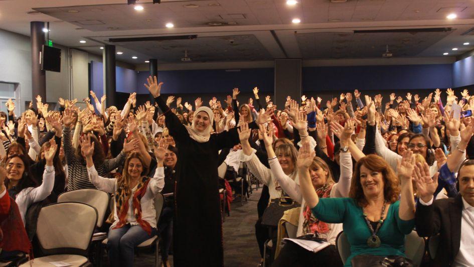 Mendoza distinguió a una docente palestina, considerada la mejor del mundo en el 2016