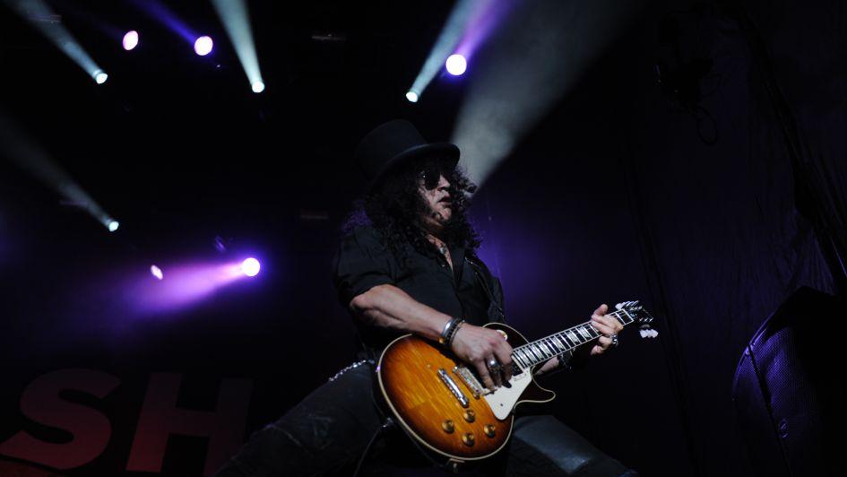 """Slash: """"Lo digital no fue lo más sano para la música"""""""