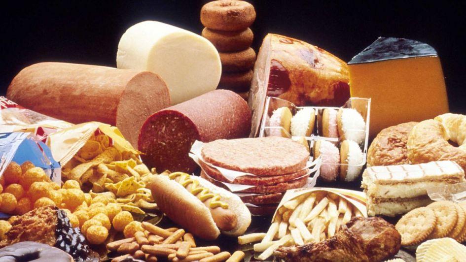 Esfuerzo mundial para eliminar las grasas trans industriales de los alimentos