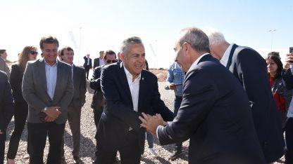 El Gobernador recibió a Calcaterra y las autoridades de la empresa estadounidense.