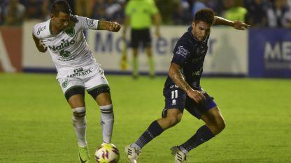 El equipo de Delfino visitó a la Lepra en la fecha 19. Fue 0-0 y Aracena atajó un penal.