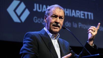 Al reelecto gobernador de Córdoba, Juan Schiaretti le esperan jornadas nada sencillas.