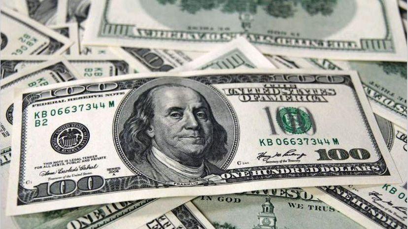 Tras el pago del Bonar 2024 los depósitos en dólares tocan un récord