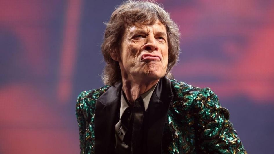 Mick Jagger, saltando y bailando a un mes de ser operado del corazón