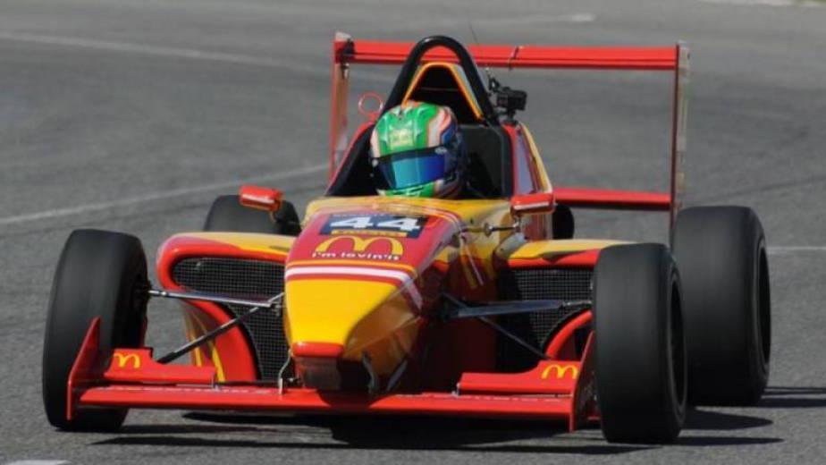 Moggia llega como líder del campeonato a San Juan