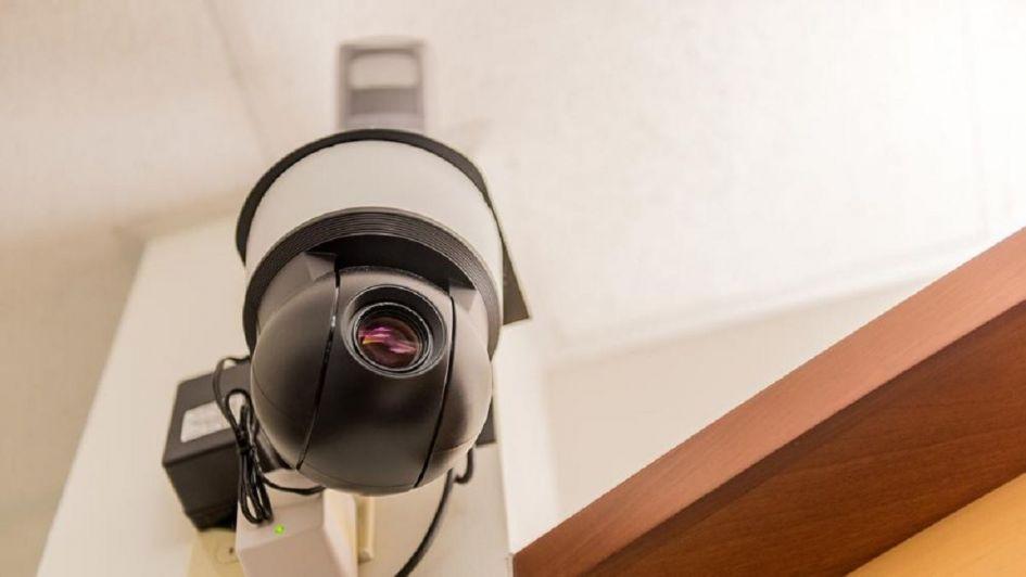 Hallan a un violador por la grabación de una cámara en España