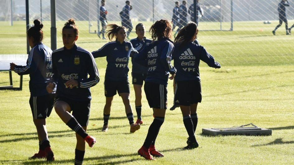 Fútbol femenino: Argentina jugará en San Luis el 23 de mayo