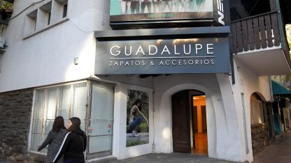 Reconversión. El local de Rivadavia y 9 de Julio cerró sus puertas.