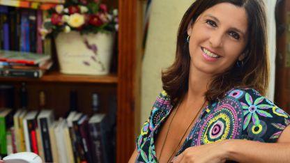 Fernanda Pérez. Es la autora de esta intensa, sensual y apasionante novela histórica que acaba de ver la luz.