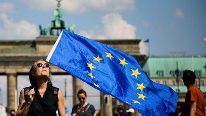 Manifestación. Miles de personas se pronunciaron contra los nacionalismos ayer en Alemania.