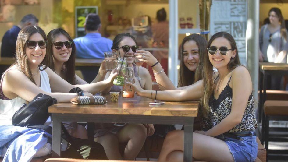 Ingresaron más turistas a la provincia desde Chile pero gastaron menos