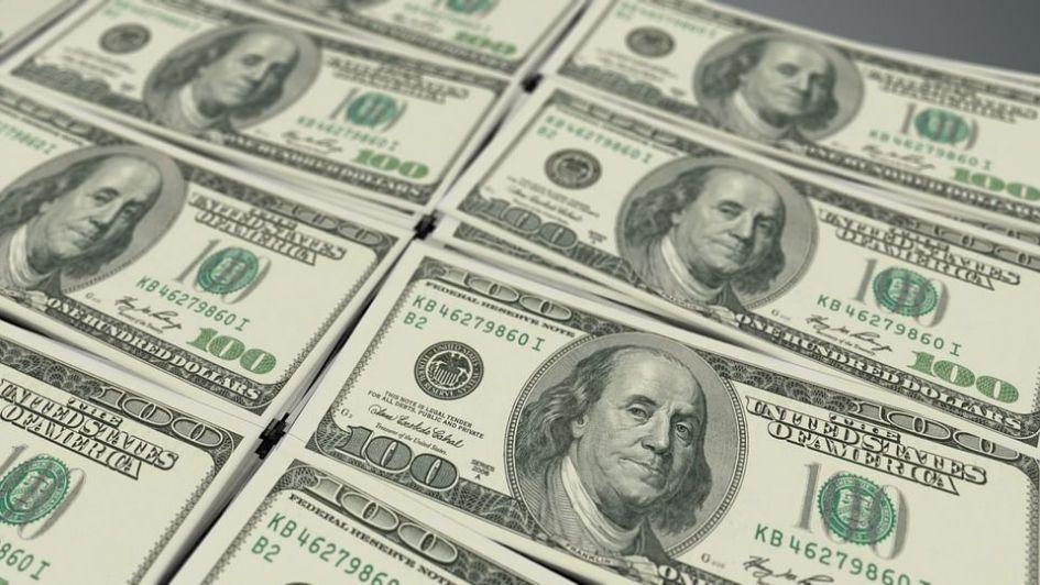 En un mercado calmo, el dólar abre estable a $ 46,42