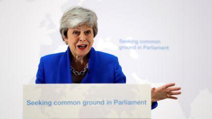 May convocará a una cuarta votación al Parlamento.