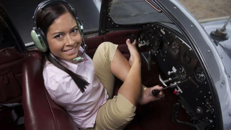 Nada es imposible: una mujer sin brazos es piloto de avión
