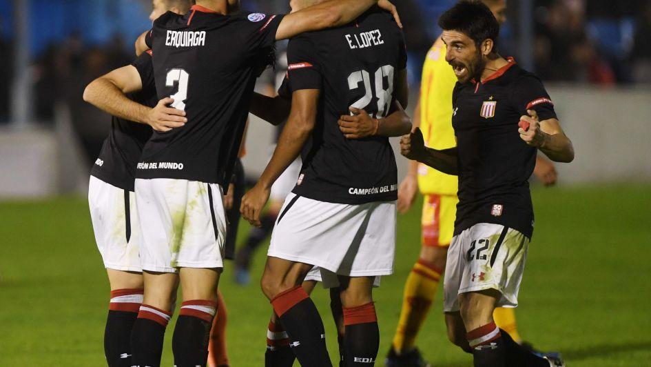 Copa Argentina: Estudiantes goleó a Sarmiento (R) en el último partido del