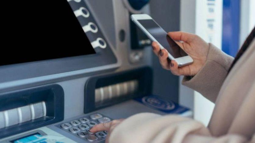 Cambian los cajeros: cómo vas a poder sacar plata de las nuevas terminales