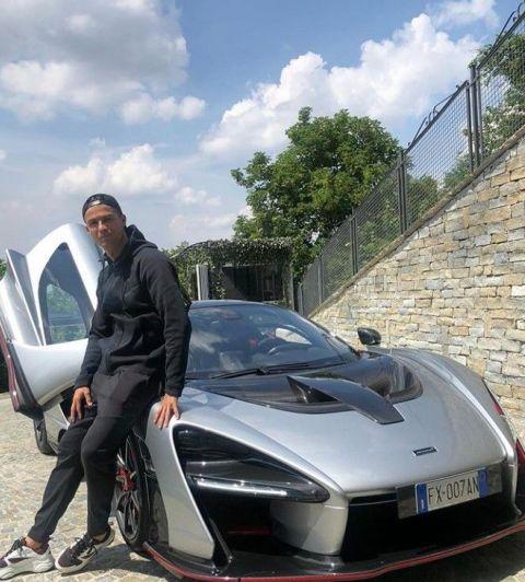Cristiano Ronaldo presume al nuevo integrante de su colección de autos