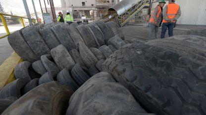 Cubiertas. La cementera está en condiciones de procesar todas las que se descarten en la provincia.