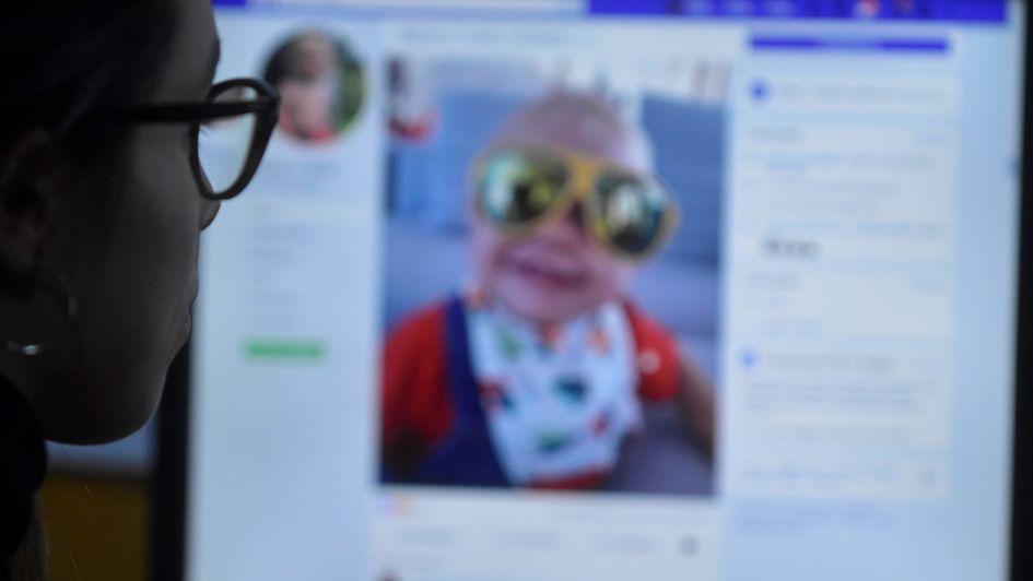 Fallo inédito: Facebook tendrá que borrar fotos de tres menores mendocinos