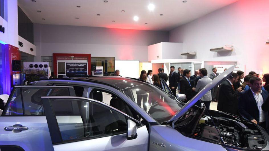 Toyota Yacopini presentó la Nueva RAV4 Hybrid