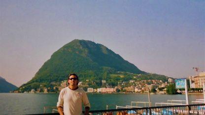 """Monte San Salvatore junto al lago. Lo llaman el """"Pan de Azúcar"""" suizo."""