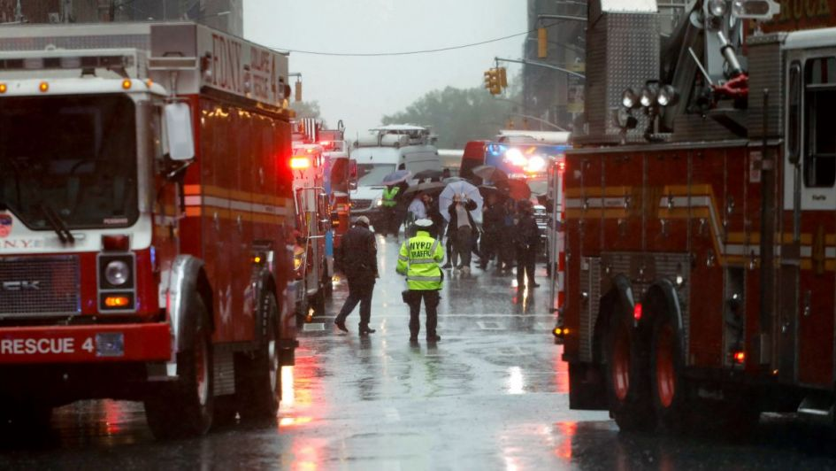 Un muerto por el choque de un helicóptero en Nueva York