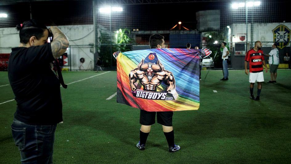 Equipo de fútbol trans busca vencer prejuicios en Brasil