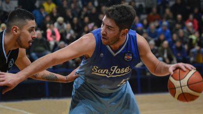 Lucas Rubia fue la gran figura en un San José que tuvo un nivel parejo para igualarle la serie a Macabi.