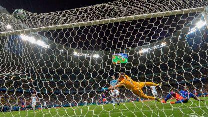 Durísimo. Argentina arrancó de la peor manera esta Copa América y deberá cambiar su imagen.