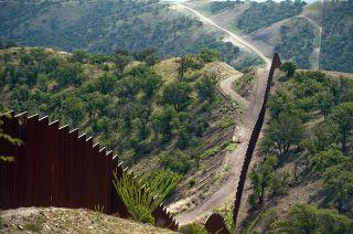 Frontera. Según EEUU, la mayoría de los inmigrantes latinoamericanos ilegales ingresa vía México.