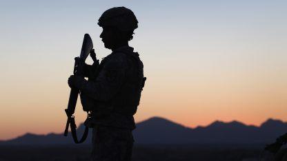 México desplegó seis mil efectivos de su Guardia Nacional en la frontera con Guatemala.