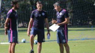 Uno por otro. Theiler, flamante DT, junto a Minich y a Gabriel Gómez, cuando trabajaban juntos.