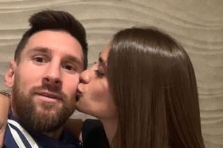 Messi junto a su esposa Antonella.